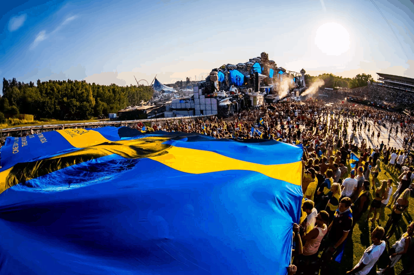 Szwedzka flaga Avicii na Tomorrowland 2018